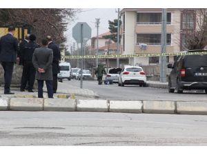 Askeri Lojman Önünde Şüpheli Araç Paniği