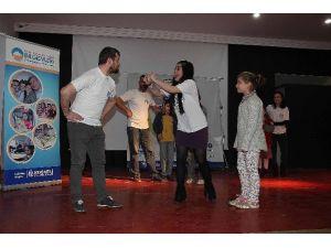 Miniklere Tiyatroyla Su Tasarrufu Ve Çevre Bilinci Eğitimi