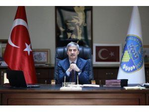 Başkan Şirin Hocalı Şehitlerini Unutmadı