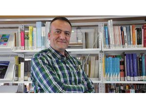 """Prof. Dr. Hasan Ali Karasar: """"Rusya'nın Kuşatılmışlık Sendromunun İlacı Suriye'dir"""""""