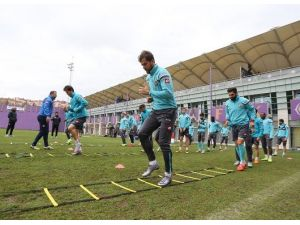 Osmanlıspor, Trabzonspor Maçının Taktiklerine Başladı