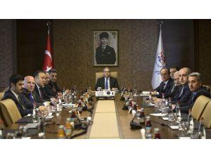 Bakan Kılıç 2017 Erzurum EYOF Toplantısına Başkanlık Etti