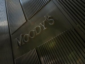 Moody's: Düşük petrol fiyatları bankalar üzerinde baskı oluşturabilir