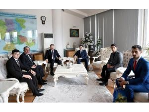 Azerbaycan Milletvekili Hüseyinov, Çakır'ı Ziyaret Etti