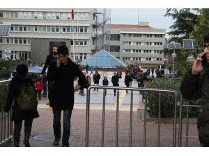 Boğaziçi Üniversitesi'nde binalar boşaltıldı