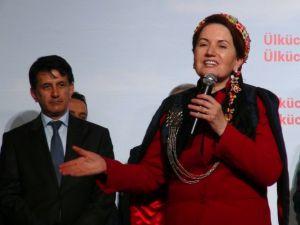 Meral Akşener: Türkiye'yi yönetmeye geliyoruz