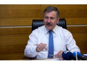 """AK Partili Özdağ: """"Soykırım Arayanlar, 1915'e Olaylarına Değil, Hocalı'ya Bakmalıdır"""""""