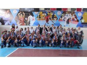 Halk Oyunlarının Yıldızı Mahmudiye Ortaokulu Oldu