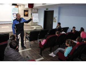 Kumluca'da Öğrencilere Uygulamalı Trafik Eğitimi