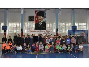 Bandırma'da Zihinsel Engelli Öğrenciler Olimpiyatlara Hazırlanıyor
