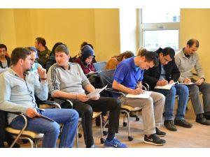Tepebaşı'nda Su Sporları Merkezi Personeline İş Güvenliği Eğitimi