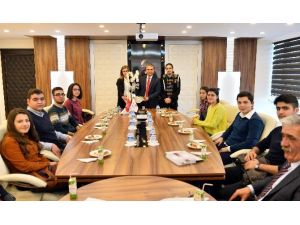 Murgem'li Gençler, Başkan Uysal'ın Konuğu