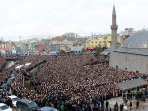 Kırkıncı Hoca'yı on binler uğurladı