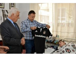 Beşiktaşlı Başkandan Beşiktaş Taraftarına Ziyaret