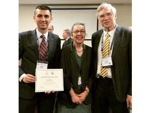 ESOGÜ Tıp Fakültesi Öğretim Üyesinin Başarısı