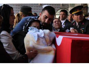 Şehit Cenazesinde Teröre Büyük Öfke