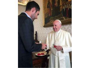 Papa, Instagram'ın Ceo'su Systrom'la Görüştü
