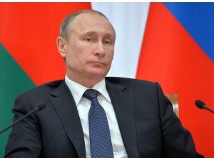 Rusya'da halkın yüzde 81'i Putin'i destekliyor
