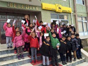 Minik Öğrencilerden Akyazı PTT'ye Ziyaret