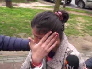 Bebeğini İnternetten Satan Anne-baba Yakalandı