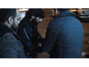 Şanlıurfa Polisi İnsansız Hava Aracı İle Uyuşturucu Tacirlerini Suçüstü Yakaladı