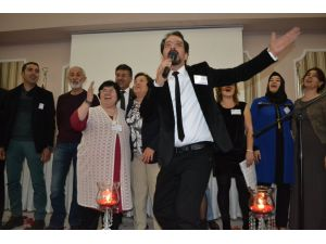 En güzel şiir okuma yarışmasında şair İhsan Kuru birinci oldu