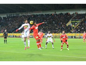Sivasspor ile Antalyaspor 16. randevuya çıkacak
