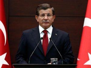 Başbakan Davutoğlu'ndan Erbakan mesajı