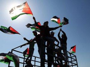 """Filistin'den İran'a """"iç işlerine müdahale"""" tepkisi"""