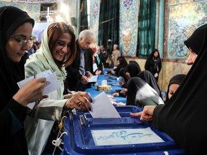 İran seçimlerinde Reformistler önde