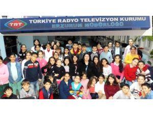 TRT Erzurum Müdürlüğü Türk Halk Müziği Çocuk Korosundan Canlı Radyo Yayını
