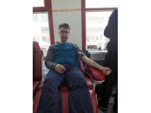 Aktif Eğitim Sen üyelerinden kan bağışı