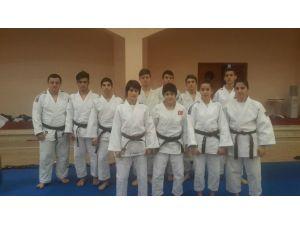Büyükşehir Kağıtsporlu Judocular Milli Takımda