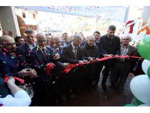 Özak, Kartepe Artvinliler Derneği Açılışına Katıldı