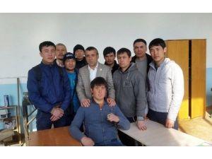 Ahmet Yesevi Üniversitesi İle TİKA, Kazakistan'da Doğalgaz Ve Oto Gaz Kursu Veriyor