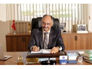 Certel'de AÜ Rektör Adaylığını Açıkladı