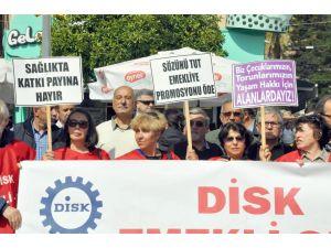 Antalya'da 'anaların gözyaşı dursun' eylemi