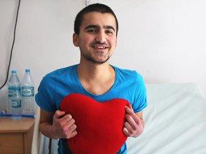 Kalp nakliyle 16 yaşında yeniden hayata tutundu