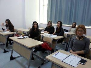 Yalova'da Dil Kurslarına Büyük İlgi