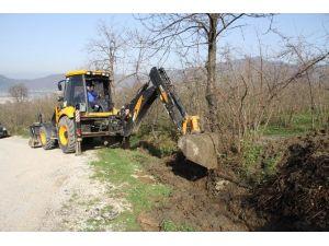 Taşburun'da Kanallar Temizleniyor