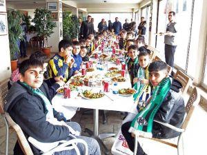 Surlu Minikler Fenerbahçe'nin Konuğu Oldu