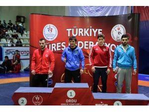 Büyükşehir Minderde Türkiye Şampiyonu