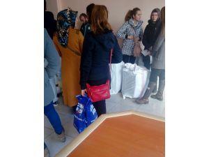Yüksekova'da operasyon iddiası üzerine öğretmenler eşyalarını gönderdi