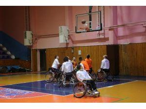 Engelli Basketbol Takımı Deplasmanda Kazandı