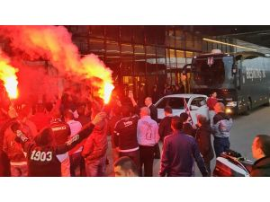 Beşiktaş, Ülker Stadı'na doğru yola çıktı