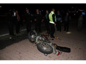 Nevşehir'de Otomobil İle Motosiklet Çarpıştı: 2 Yaralı