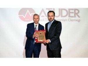 Yılın Rektörü Prof. Dr. Cavit Bircan Oldu