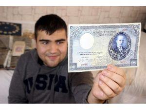 Bursalı Genç 200 Ülkenin 15 Bin Çeşit Parasını Koleksiyonunda Saklıyor