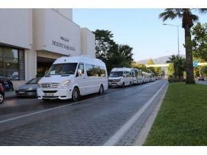 Selçuk Belediyesi'nden YGS Adaylarına Araç Desteği