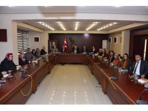 Vali Alimoğlu Aday Öğretmenlerle Bir Araya Geldi